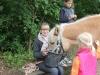 mittagessen_beim_ponyreiten